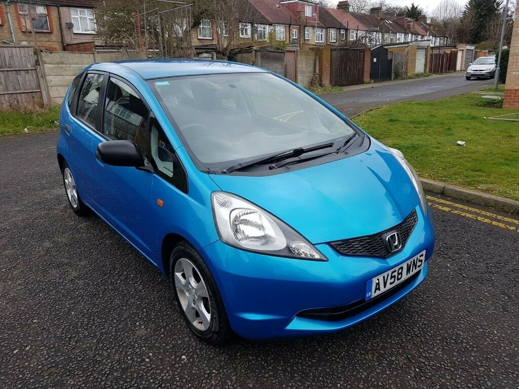2009 Honda Jazz 1.2 Manual @07445775115 1 OWNER+Warranty+Clean+AUX+HPI++Dent  On Back Bumper+Tailgate | in Redbridge, London | Gumtree