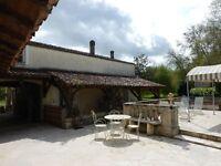380m2 charming house on stunning spot near Cognac,ind.60m2 cottage,barn,original water mill