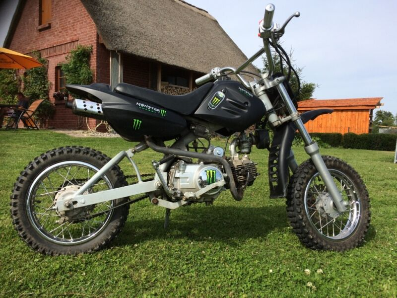dirt bike 4 takt 110 ccm in mecklenburg vorpommern. Black Bedroom Furniture Sets. Home Design Ideas