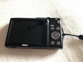 nikon coolpix s3300 digital camera, spare battery, case, charger