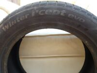 2 Winter Tyres/part worn/good tread. Radial Tubeless/Studless.
