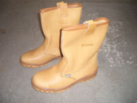 Brand New Jallatte Safety Boots