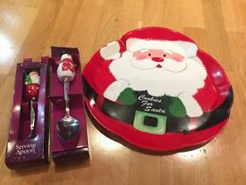 Christmas serving tray & spoons