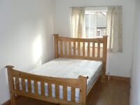 Double room close to station - NO COUPLES or SHARER