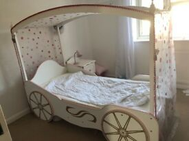 Girls princess carriage single bed