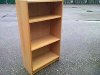 Small Billy Book Shelf in Oak Veneer