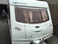 Lunar lexon 640 island bed 4 berth caravan 2005