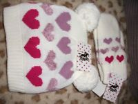 TOTTI girls/ladies matching hat and mittens sets great quality items fully lined