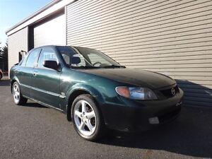 2002 Mazda Protege ES* TOIT OUVRANT * AUTOMATIQUE *