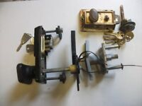TWO DIFFERENT TYPES OF GARAGE UP AND OVER GARAGE DOOR LOCKS + 1 YALE LOCK