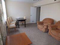 Beautifully presented 3 Bedroom split level masionette to rent on Eureka Road Kingston for £1700 PCM