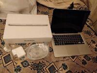 MacBook Pro ( 13-inch, Late 2010) Intel core duo 8gb 320gb professional laptop