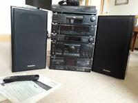 Technics SU-502 Midi System. Turntable, radio, cassette deck, CD player, speakers, headphones.
