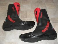 DAYTONA SPORTS MOTORBIKE BOOTS - HAND CRAFTED IN GERMANY SIZE 7 - TOE SLIDERS CRAFTED IN GERMANY
