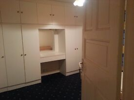 Best Accomodation - LARGE DOUBLE ROOM, ALL BILLS, INTERNET, TV, CLEANING AND LAUNDRY.