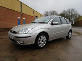 Ford Focus TDCI ghia 5 dr FULL SERVICE HISTORY inc timing belt / clutch Lovely car economical