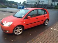 Ford Fiesta 1.4 5 door GHIA 2002 low mileage for year