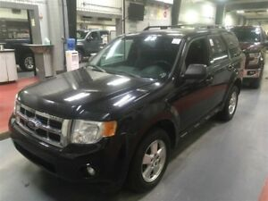 2011 Ford Escape XLT 4X4 2.5L 4 CYL AUT 3999$ 514-692-0093