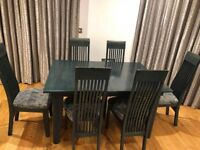 Quirky extendable table and chairs (6X)