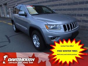 2015 Jeep Grand Cherokee LAREDO/LEATHER/HTD SEATS / 4X4