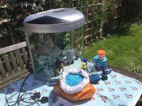 Aquamode 600 fish tank and accessories