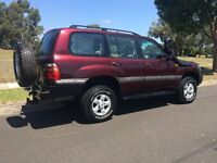 Toyota Landcruiser Amazon Manual 4.2 Diesel (with Extras)