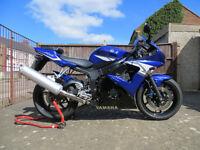 Yamaha YZF-R6 2005 (5SL) Motorcycle - Low miles, MOT till 24/03/18.
