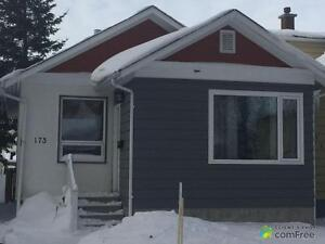 $289,900 - Bungalow for sale in North River Heights