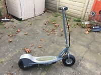 Razor E300 scooter (£180 ono, collection or delivery to Ealing)