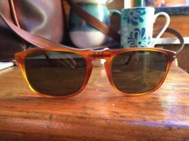 Persol 3059 Unisex Sunglasses