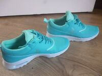 Nike Air Max Thea Womens Trainer