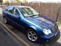 MERCEDES BENZ C180 AVANTGARDE == AUTOMATIC == FULL SERVICE HISTORY == ONLY 1495