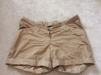 Big bundle of maternity clothes - size M 12/14