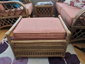 5 piece conservatory furniture set. A double seat, 2 single chairs, a footrest and a table