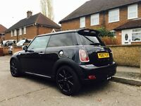 2007 Black Mini Cooper S, excellent condition