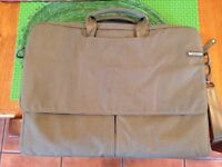 "InCase Military Green 15"" Laptop Bag"
