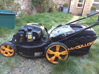 McCulloch self propelled 4 stroke petrol lawnmower