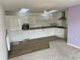 2 bedroom house in Newton Avenue, Aylesbury