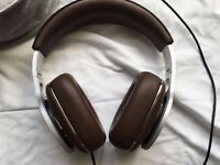 Bowers and Wilkins P9 Signature Headphones (Boxed) Mint condition