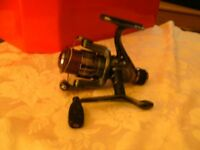 MIAX-RO FISHING REEL WITH SOME LINE