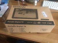 Portable 12V Digital TV
