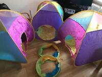 Children's pop up tents and tunnels
