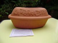 Baker / Roaster. LARGE 14 inches; LA TERRACOTTA CLAY ROASTER / BAKER, NEW, IN BOX.