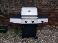 Used 2 burner gas BBQ with side burner