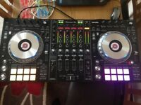 Pioneer DDJ SZ2 Serato / Traktor DJ Controller