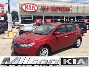 2011 Kia Forte5 2.0L EX - ORIG OWNER W/ ROOF