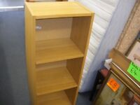 SMALL WOOD-EFFECT BOOKCASE