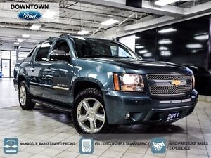 2011 Chevrolet Avalanche LTZ, Moonroff, Tow package, DVD Ent sys