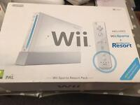 Wii sports resort pack & Wii fit board & Accessories