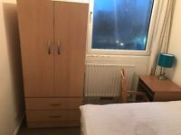 *EXCELLENT DOUBLE ROOM IN TOWER GATEWAY SHADWELL